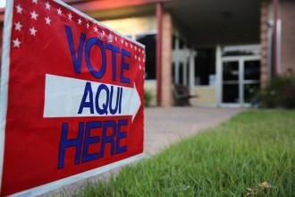 140212-vote-aqui-sign-sl-1607_ae895cec79dcb9c9110be00df4238812