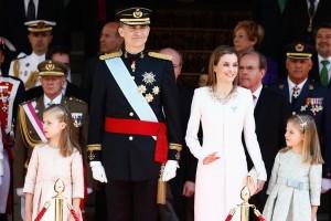 King-Felipe-VI-Coronation-Pictures-Popsugar-300x200
